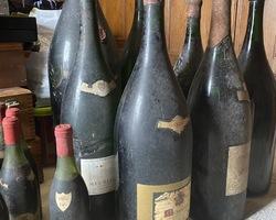 Antiquaire - Brocanteur - Dijon - Franck Neuville -  vin ancien bourgogne